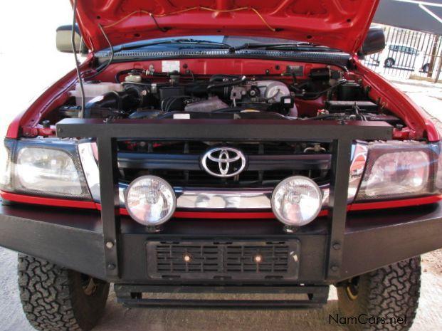 2003 toyota hilux canopy dual cab manual diesel
