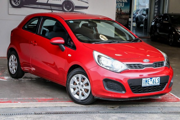 2013 kia rio si manual my13 with 150000 kms